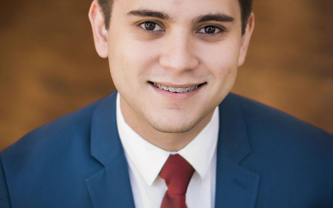 José Luis Estrada: Joven visionario luchando por los estudiantes de la comunidad hispana